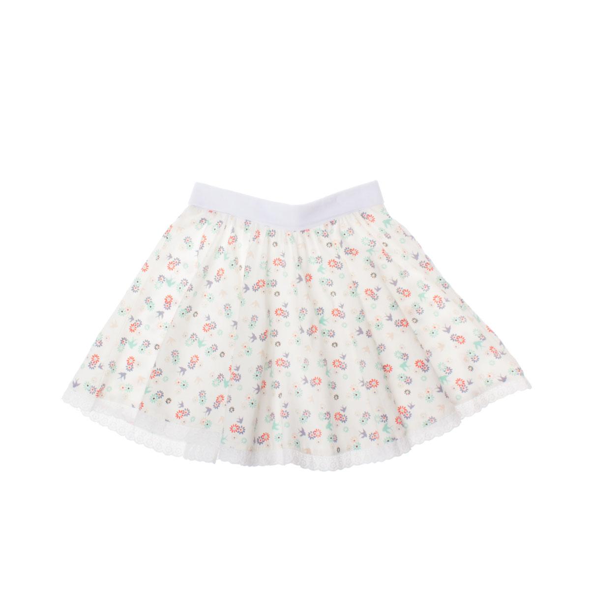 Юбка для девочки. 262021262021Модная трикотажная юбка для девочки PlayToday станет отличным дополнением к детскому гардеробу. Изготовленная из эластичного хлопка, она необычайно мягкая и приятная на ощупь, не сковывает движения и позволяет коже дышать, не раздражает нежную кожу ребенка, обеспечивая ему наибольший комфорт. Юбочка-солнце на талии имеет широкую эластичную резинку с отворотом. Отвернув его, можно увеличить длину юбки. Модель оформлена нежным цветочным принтом. Низ изделия декорирован кружевной оборкой. В такой юбочке ваша маленькая принцесса будет чувствовать себя комфортно, уютно и всегда будет в центре внимания!