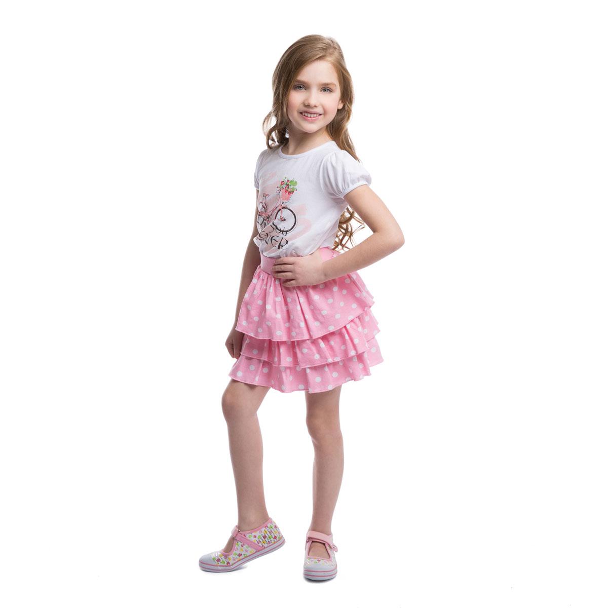 Комплект для девочки: футболка, юбка. 262019262019Комплект для девочки PlayToday, состоящий из футболки и юбочки, идеально подойдет вашей дочурке и станет отличным дополнением к детскому гардеробу. Изготовленный из эластичного хлопка, он необычайно мягкий и приятный на ощупь, не раздражает нежную кожу ребенка и хорошо вентилируется, а эластичные швы приятны телу и не препятствуют ее движениям. Футболка с короткими рукавами-фонариками и круглым вырезом горловины оформлена водным принтом с изображением велосипеда и надписями. Низ рукавов дополнен бейками на резинках. Воздушная юбка на талии имеет широкий эластичный пояс, благодаря чему она не сдавливает животик и не сползает. Модель состоит из трех воланов, придающих пышность. Оформлено изделие принтом в горох. Такой комплект идеально подойдет вашей дочурке.