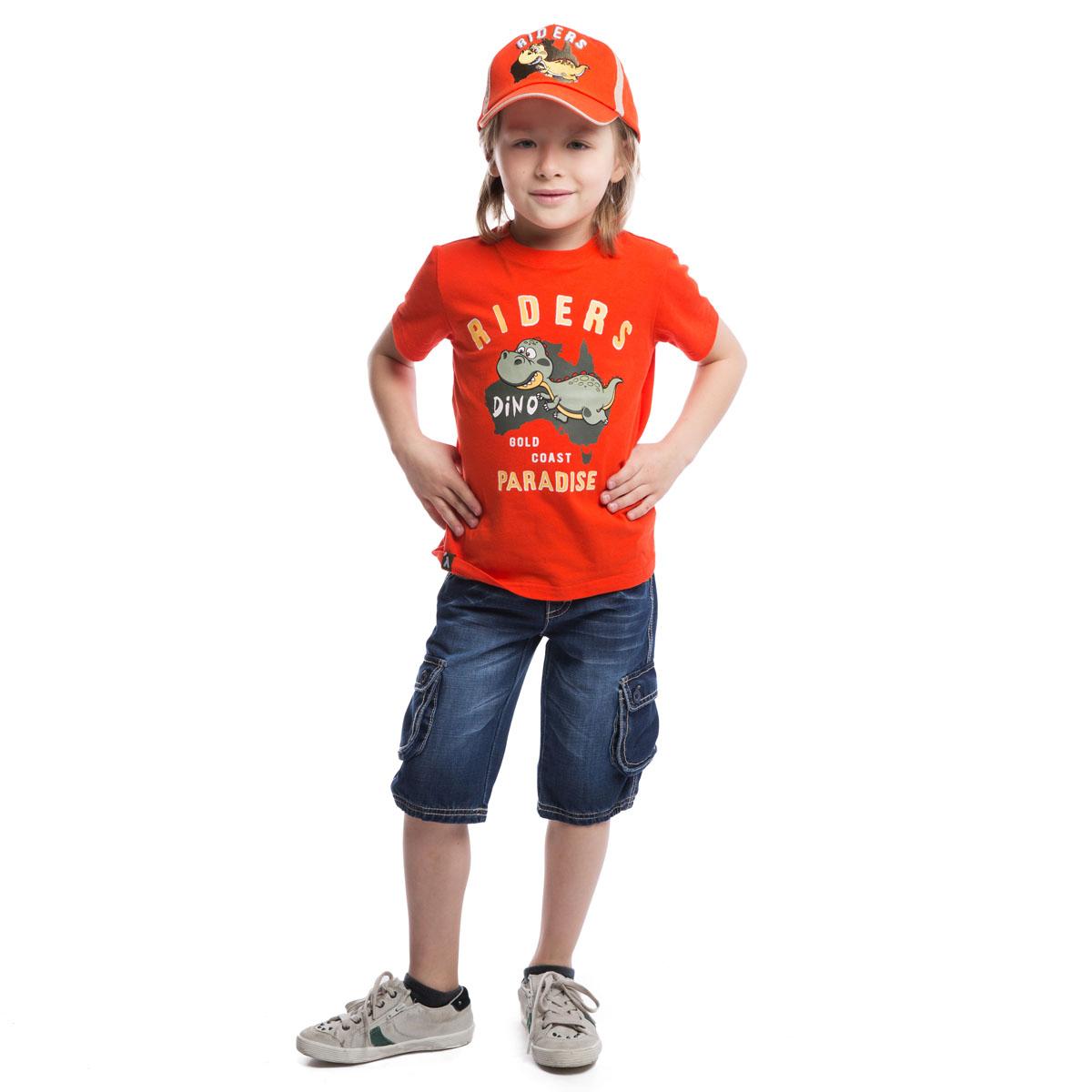 Футболка для мальчика. 261010261010Футболка для мальчика PlayToday идеально подойдет маленькому моднику и станет отличным дополнением к его гардеробу. Изготовленная из эластичного хлопка, она мягкая и приятная на ощупь, не сковывает движения ребенка и позволяет коже дышать, обеспечивая наибольший комфорт. Футболка с круглым вырезом горловины и короткими рукавами оформлена резиновым принтом в виде динозавра и надписями. Воротник дополнен мягкой трикотажной резинкой. Снизу имеется небольшая текстильная нашивка с логотипом бренда. В такой футболке ребенок будет чувствовать себя комфортно, уютно и всегда будет в центре внимания!