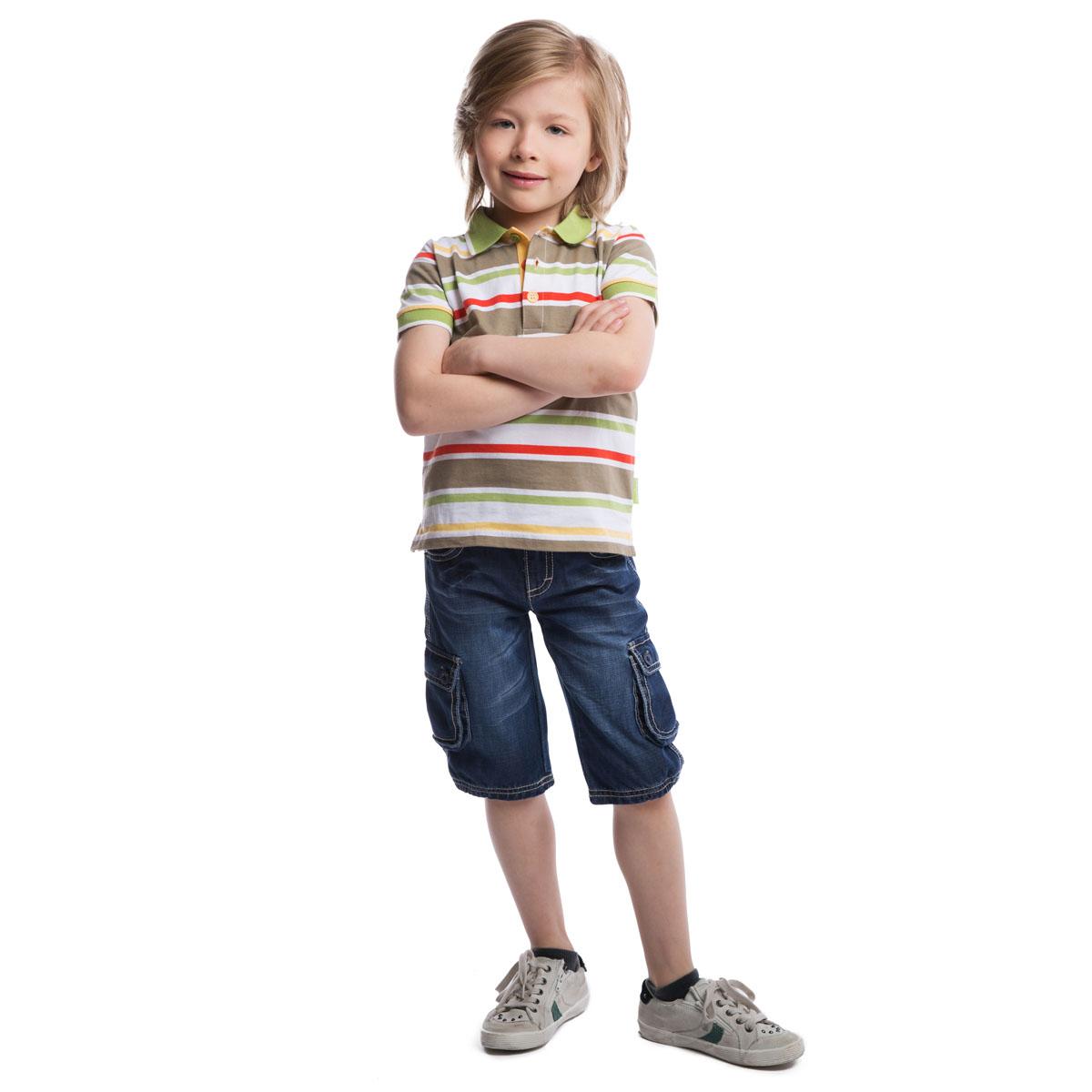 Футболка для мальчиков. 261008261008Мягкая футболка-поло в полоску. Воротник застегивается на три цветные пуговки. Рукава на резинке.