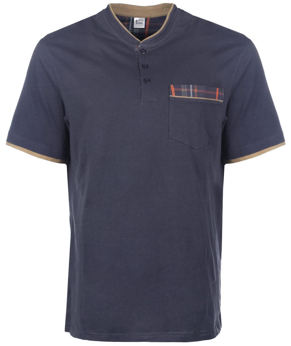 ФутболкаMF-66Отличная мужская футболка Lowry, выполненная из натурального хлопка, обладает высокой теплопроводностью, воздухопроницаемостью и гигроскопичностью, позволяет коже дышать. Модель прямого покроя с воротником-стойкой и короткими рукавами. Спереди футболка дополнена застежкой на три пуговицы. Горловина и низ рукавов дополнены контрастными вставками. Спереди изделие дополнено небольшим накладным карманом. Такая футболка подарит вам комфорт в течение всего дня.