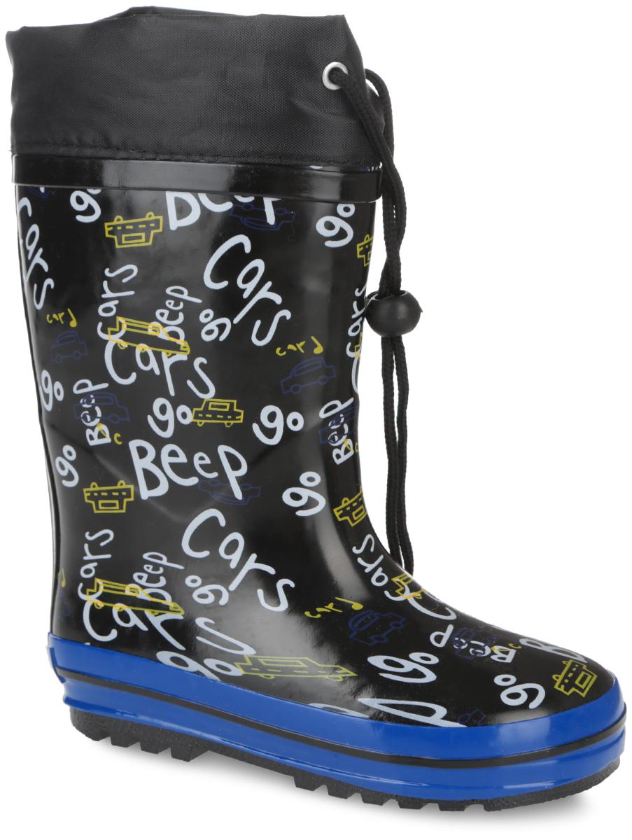 Сапоги резиновые для мальчика. 10676-110676-1Утепленные резиновые сапоги от Зебра - идеальная обувь в дождливую холодную погоду для вашего мальчика. Сапоги, выполненные из резины, оформлены изображениями машин и надписями. Подкладка из искусственного меха и съемная стелька из материала EVA с текстильной поверхностью не дадут ногам замерзнуть. Текстильный верх голенища регулируется в объеме за счет шнурка со стоппером. Подошва с протектором гарантирует отличное сцепление с любой поверхностью. Резиновые сапоги не только прекрасно защитят ноги вашего мальчика от промокания в дождливый день, но и поднимут ему настроение.