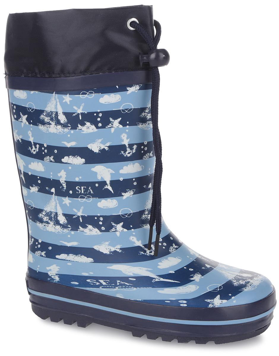 Сапоги резиновые для мальчика. 10674-510674-5Утепленные резиновые сапоги от Зебра - идеальная обувь в дождливую холодную погоду для вашего мальчика. Сапоги выполнены из резины и оформлены принтом в полоску и рисунками в морском стиле. Подкладка из искусственного меха и съемная стелька из материала EVA с текстильной поверхностью не дадут ногам замерзнуть. Текстильный верх голенища регулируется в объеме за счет шнурка со стоппером. Подошва с протектором гарантирует отличное сцепление с любой поверхностью. Резиновые сапоги не только прекрасно защитят ноги вашего мальчика от промокания в дождливый день, но и поднимут ему настроение.