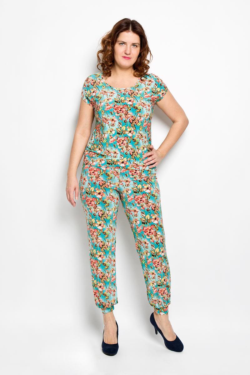 Комплект женский: блуза, брюки. 744м744мКомплект женской одежды Milana Style, состоящий из блузы и брюк, станет отличным дополнением к вашему гардеробу. Выполненный из качественного материала, комплект мягкий и приятный на ощупь, не сковывает движения и позволяет коже дышать, обеспечивая наибольший комфорт. Блуза свободного кроя с короткими рукавами и с круглым вырезом горловины оформлена цветочным принтом. Брюки прямого кроя имеют широкую резинку на талии. Стильный комплект одежды подарит вам удобство и комфорт, подчеркнет вашу индивидуальность.