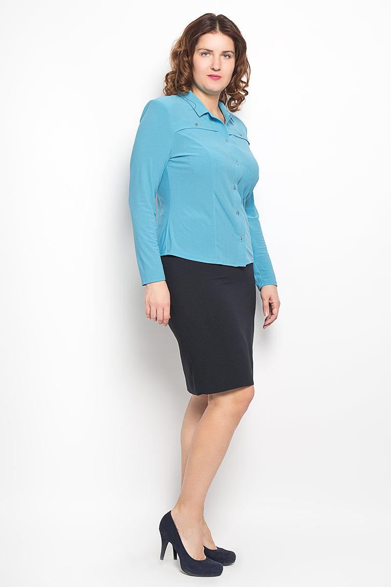 Блузка женская. 882м882мСтильная женская блуза Milana Style, выполненная из высококачественного материала, подчеркнет ваш уникальный стиль и поможет создать оригинальный женственный образ. Блузка с отложным воротником и длинными рукавами застегивается спереди на пуговицы. На груди расположены горизонтальные декоративные планки с пуговицами. Изделие дополнено подплечниками. Такая блузка будет дарить вам комфорт в течение всего дня и послужит замечательным дополнением к вашему гардеробу.