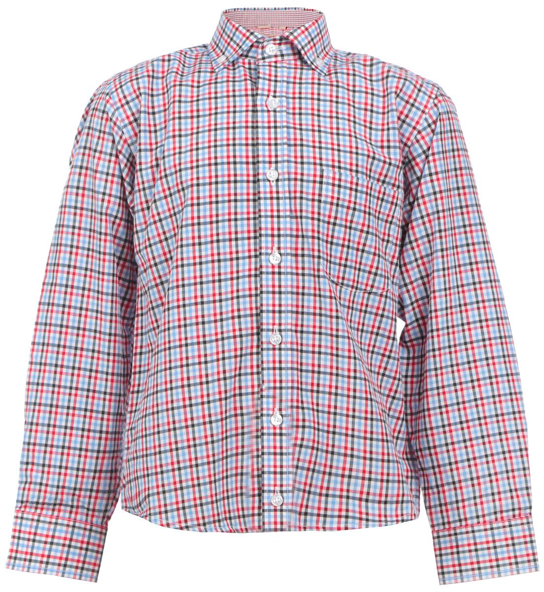 Рубашка для мальчика. TR.102/ST/038/25TR.102/ST/038/25Стильная рубашка для мальчика Imperator идеально подойдет вашему юному мужчине. Изготовленная из хлопка с добавлением полиэстера, она мягкая и приятная на ощупь, не сковывает движения и позволяет коже дышать, не раздражает даже самую нежную и чувствительную кожу ребенка, обеспечивая ему наибольший комфорт. Модель классического кроя с длинными рукавами и отложным воротничком застегивается по всей длине на пуговицы. Края воротника пристегиваются к рубашке с помощью пуговиц. На груди располагается накладной карман. Края рукавов дополнены широкими манжетами на пуговицах. Низ изделия немного закруглен к боковым швам. Оформлено изделие принтом в клетку. Такая рубашка будет прекрасно смотреться с брюками и джинсами. Она станет неотъемлемой частью детского гардероба.