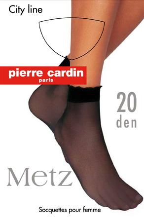 НоскиCr MetzЖенские носки Pierre Cardin Cr Metz выполнены из полиамида с добавлением эластана, оснащены широкой комфортной резинкой и прозрачным укрепленным мыском. Плотность: 20 Den.