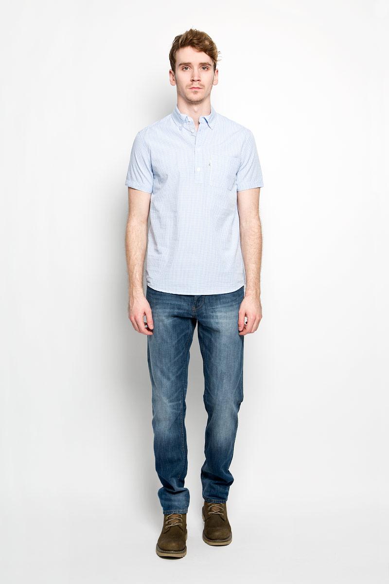Рубашка150105/7316Модная мужская рубашка F5, изготовленная из натурального хлопка, прекрасно подойдет для повседневной носки. Изделие очень мягкое и приятное на ощупь, не сковывает движения и хорошо пропускает воздух. Рубашка с отложным воротником и короткими рукавами застегивается на пуговицы по всей длине. На груди расположен накладной карман. Изделие украшено вышитой надписью с названием бренда. Такая модель будет дарить вам комфорт в течение всего дня и станет стильным дополнением к вашему гардеробу.