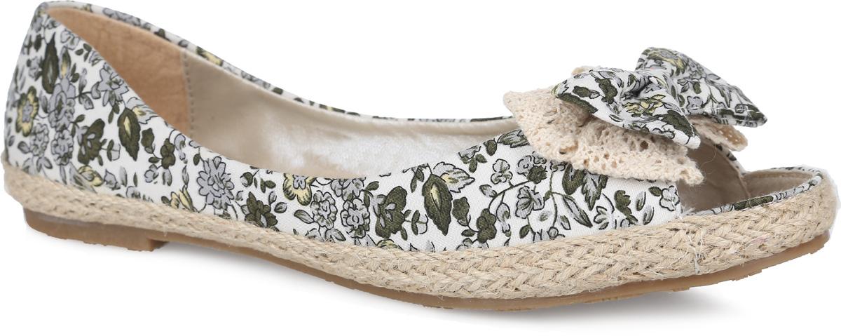 Балетки женские. SM1258_01_31_GREYSM1258_01_31_GREYСтильные туфли с открытым мыском от Spur придутся вам по душе. Модель выполнена из плотного текстиля, оформленного яркими цветочными изображениями. Мыс обуви декорирован бантом-бабочкой, верхняя часть подошвы по контуру - плетеной джутовой нитью. Подкладка, изготовленная из искусственной кожи и текстиля, гарантирует уют и предотвращает натирание. Текстильная стелька обеспечит комфорт. Невысокий широкий каблук и подошва оснащены рифлением для лучшего сцепления с поверхностями. Стильные туфли внесут яркие нотки в ваш модный образ!