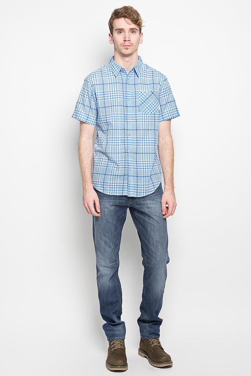 Рубашка мужская Cape Side SS Shirt. 1581291_9951581291_995Мужская рубашка Columbia Cape Side SS Shirt, выполненная из натурального хлопка, прекрасно подойдет для повседневной носки. Материал очень легкий, мягкий и приятный на ощупь, не сковывает движения и позволяет коже дышать. Рубашка классического кроя с отложным воротником и короткими рукавами застегивается на пуговицы по всей длине. На груди предусмотрен накладной карман. Изделие оформлено принтом в клетку. Такая модель будет дарить вам комфорт в течение всего дня и станет стильным дополнением к вашему гардеробу.