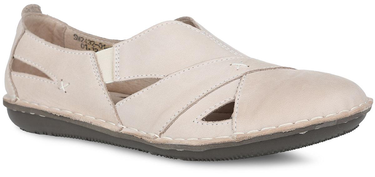 Туфли женские. SM2432_01_22_BEIGESM2432_01_22_BEIGEЖенские летние туфли от Spur - отличный вариант на каждый день. Модель выполнена из натуральной кожи и оформлена декоративными вырезами. По бокам в области подъема обувь дополнена двумя эластичными вставками для лучшего прилегания к ноге. Подкладка и стелька, изготовленные из натуральной кожи, гарантируют уют и предотвратят натирание. Подошва оснащена рифлением для лучшего сцепления с поверхностями. Стильные и удобные туфли займут достойное место среди коллекции вашей обуви.