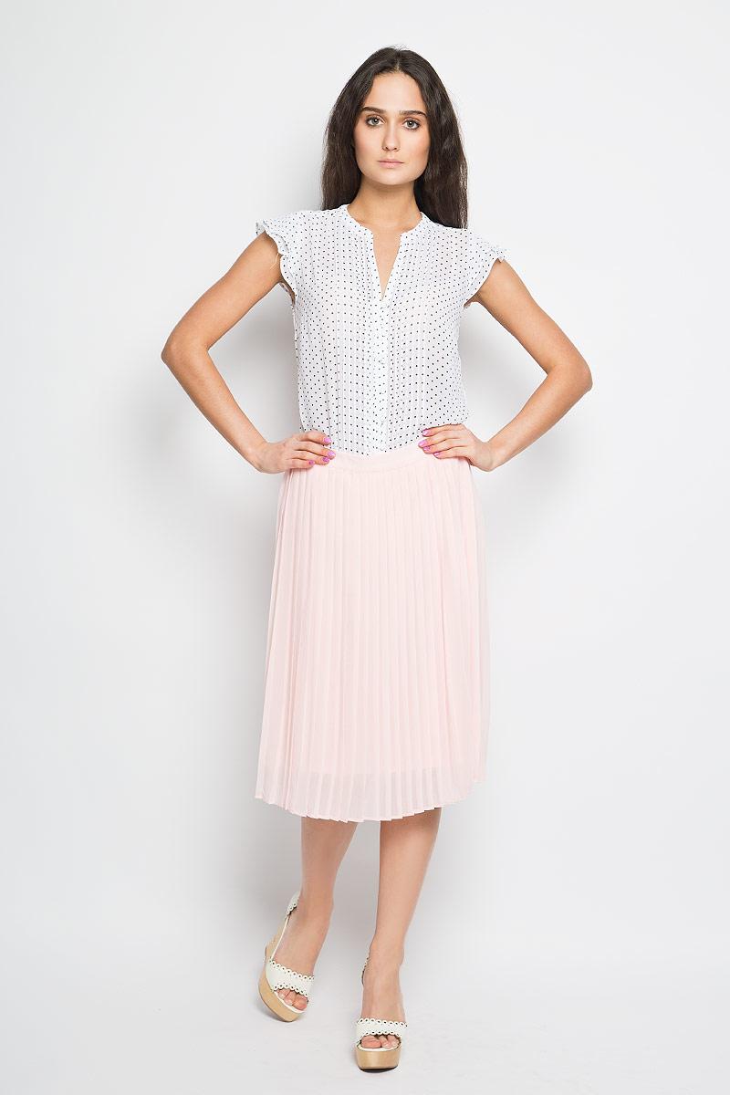 ЮбкаSK-118/788-6123Очаровательная юбка плиссе Sela выполнена из легкого струящегося и приятного на ощупь полиэстера. Пояс изделия дополнен эластичной вставкой. Для большего комфорта имеется подъюбник. Стильная юбка выгодно освежит и разнообразит любой гардероб. Создайте женственный образ и подчеркните свою яркую индивидуальность!