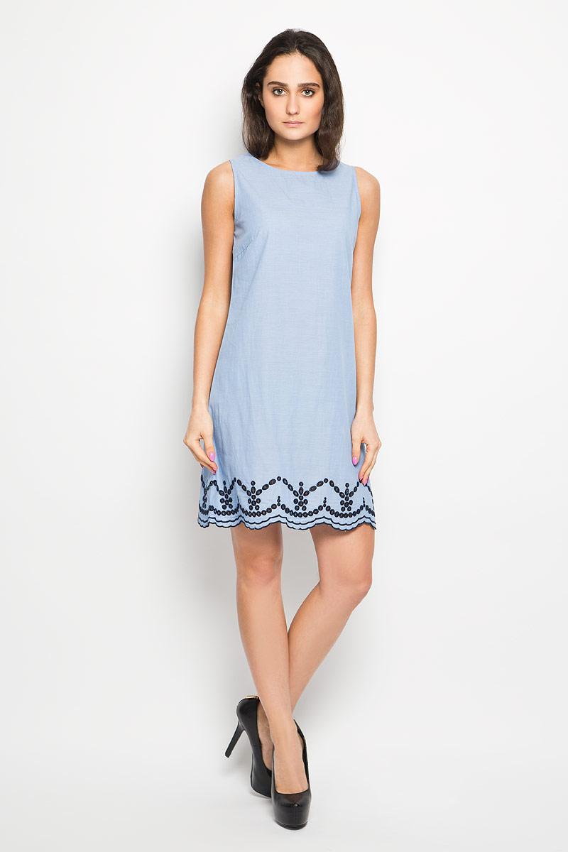 ПлатьеDsl-117/1011-6217Очаровательное платье Sela, выполненное из натурального хлопка, идеально впишется в ваш гардероб. Модель трапециевидного кроя без рукавов и круглым вырезом горловины, застёгивается сзади на пуговицу. Низ платья оформлен интересной перфорацией. Это модное и удобное платье станет превосходным дополнением к вашему гардеробу, оно подарит вам удобство и поможет вам подчеркнуть свой вкус и неповторимый стиль.