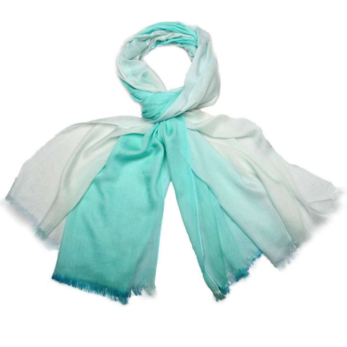 Палантин3415401-11Элегантный женский палантин Venera изготовлен из вискозы и шелка. Палантин имеет отличное качество и приятную текстуру материала, он подарит настоящий комфорт при носке, а большие размеры позволят согреться в прохладную погоду. Изделие оформлено двухцветной гаммой и небольшой бахромой по краям. Этот модный аксессуар женского гардероба гармонично дополнит образ современной женщины, следящей за своим имиджем и стремящейся всегда оставаться стильной и утонченной. В этом палантине вы всегда будете выглядеть женственной и привлекательной.