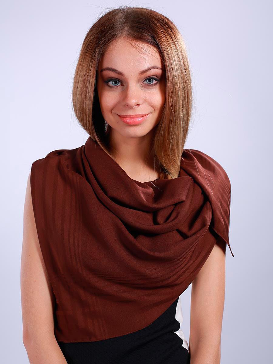 Платок женский. 39023273902327-02Стильный женский платок Venera станет великолепным завершением любого наряда. Платок изготовлен из полиэстера в лаконичном дизайне. Классическая квадратная форма позволяет носить платок на шее, украшать им прическу или декорировать сумочку. Легкий и приятный на ощупь платок поможет вам создать изысканный женственный образ. Такой платок превосходно дополнит любой наряд и подчеркнет ваш неповторимый вкус и элегантность.