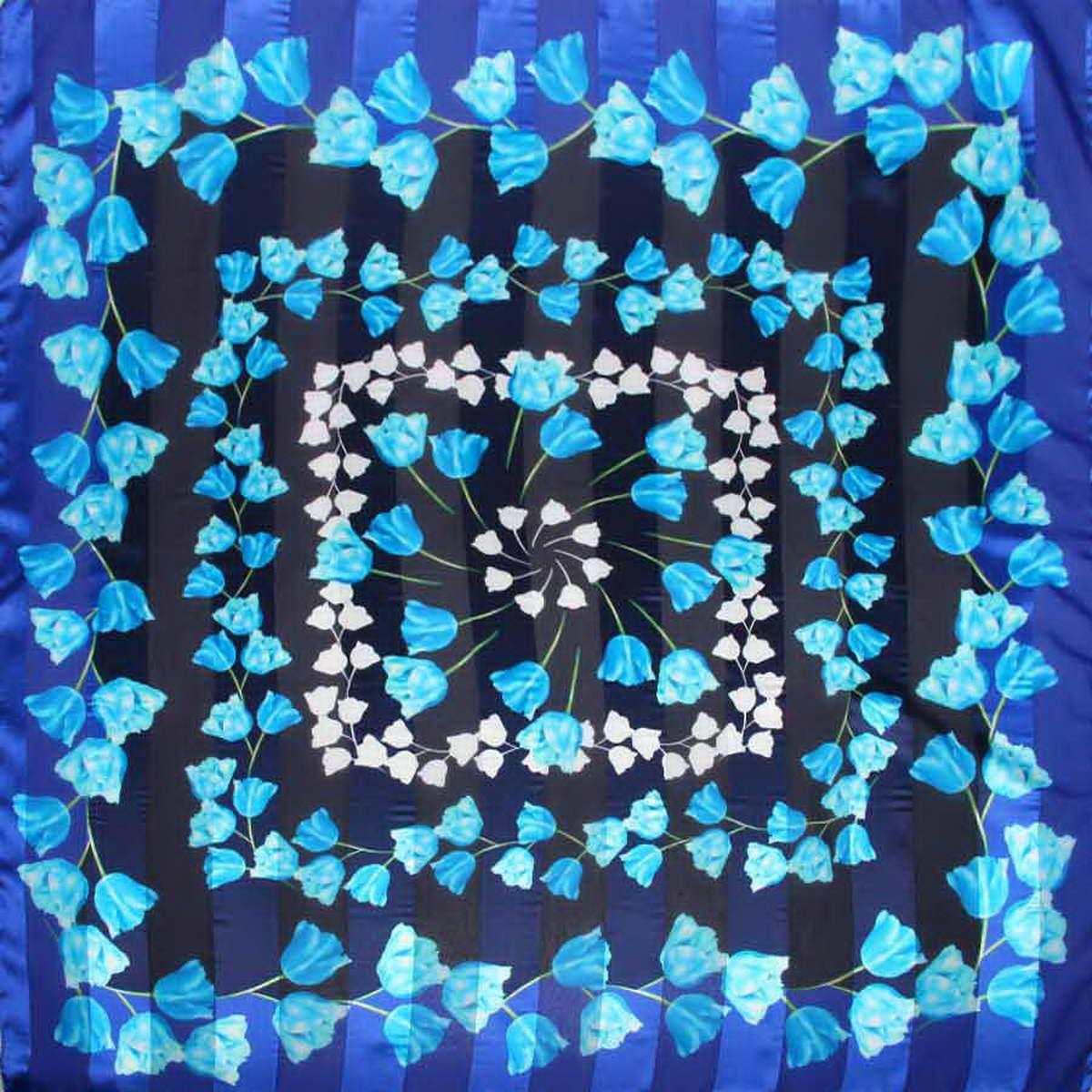 Платок3904972-17Стильный женский платок Venera станет великолепным завершением любого наряда. Платок изготовлен из полиэстера и оформлен цветочным принтом. Классическая квадратная форма позволяет носить платок на шее, украшать им прическу или декорировать сумочку. Легкий и приятный на ощупь платок поможет вам создать изысканный женственный образ. Такой платок превосходно дополнит любой наряд и подчеркнет ваш неповторимый вкус и элегантность.