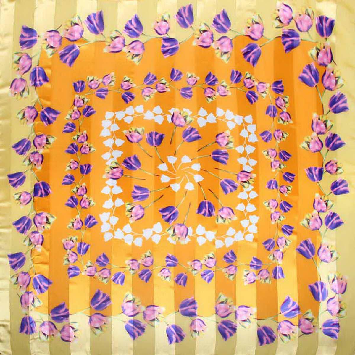 Платок3904972-19Стильный женский платок Venera станет великолепным завершением любого наряда. Платок, изготовленный из полиэстера, оформлен цветочным принтом. Классическая квадратная форма позволяет носить платок на шее, украшать им прическу или декорировать сумочку. Легкий и приятный на ощупь платок поможет вам создать изысканный женственный образ. Такой платок превосходно дополнит любой наряд и подчеркнет ваш неповторимый вкус и элегантность.