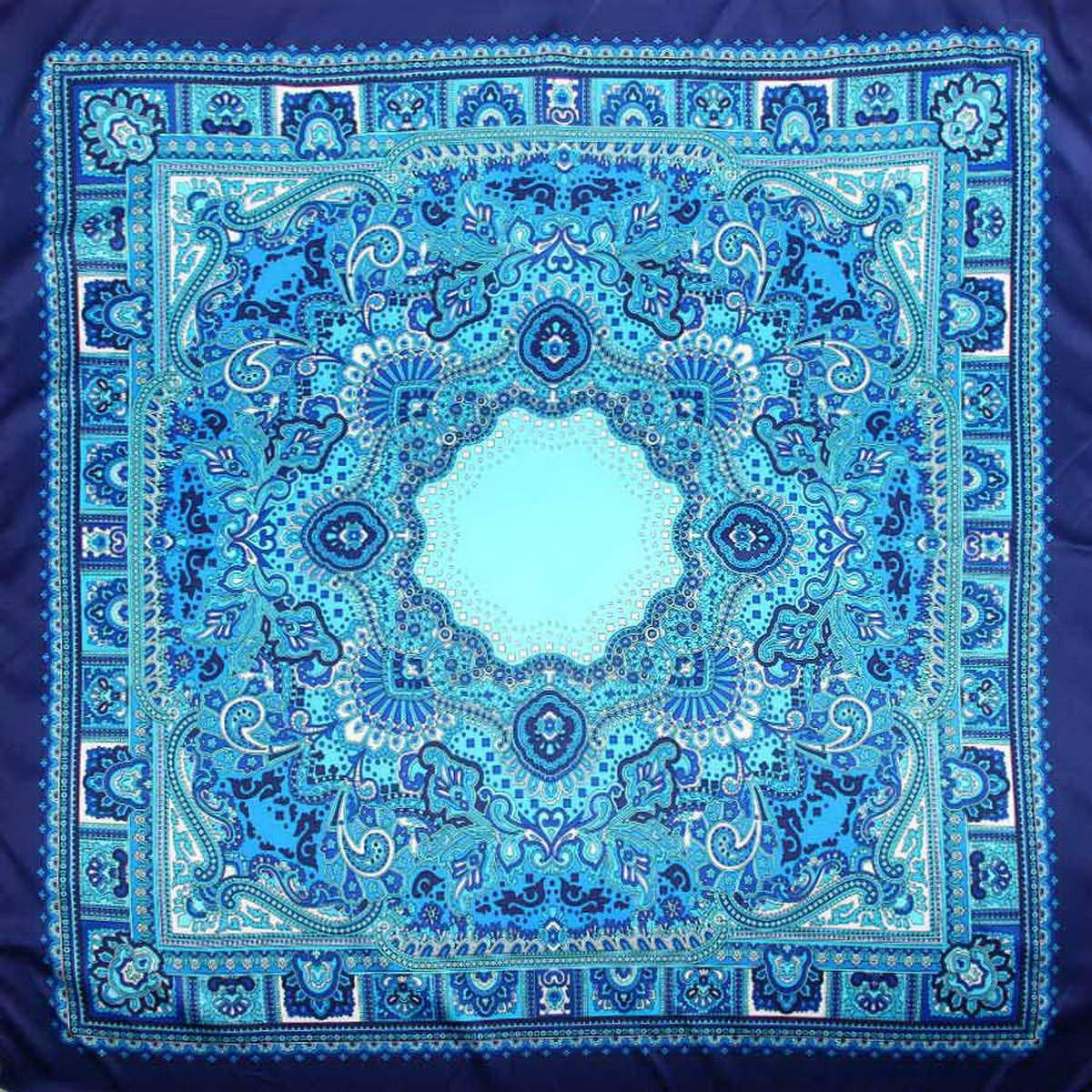 Платок3906633-02Стильный женский платок Venera изготовлен из качественного и легкого полиэстера, будет самым универсальным вариантом для повседневного аксессуара. Насыщенная цветовая палитра и замечательный принт восточного стиля, добавят вашему образу загадочности и экзотического шарма. Классическая квадратная форма позволяет носить платок на шее, украшать им прическу или декорировать сумочку. Такой платок превосходно дополнит любой наряд и подчеркнет ваш неповторимый вкус и элегантность.