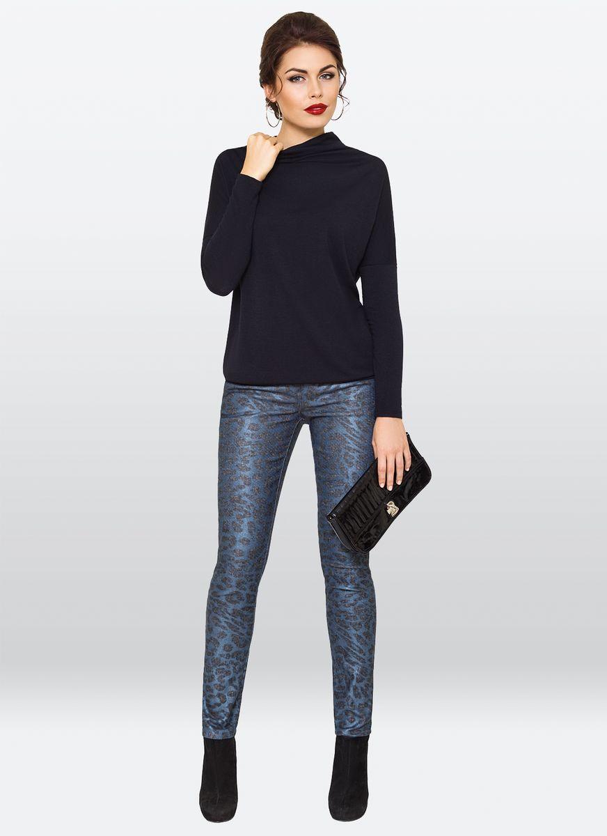Брюки жен. 36173617Модные зауженные брюки, из хлопковой ткани с эластаном, хорошо создавая поистине оригинальный и запоминающийся образ.