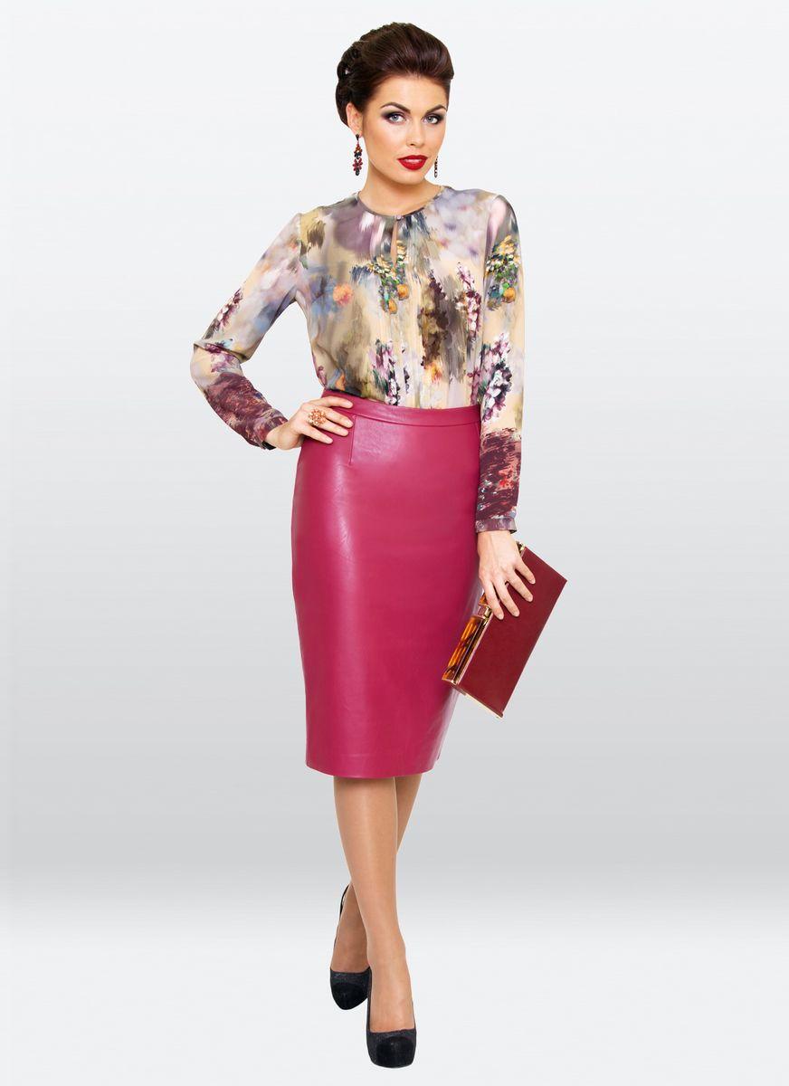 Блузка жен. 36283628Нарядная блузка с округлым вырезом горловины, выполнена из шифона. Модель прямого кроя, отрезная по талии. Застежка супатная на пуговицах. Прекрасно сочетается, как с юбками так и с брюками.