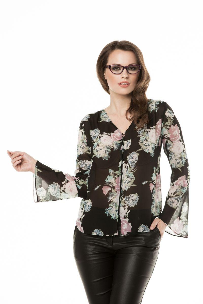 Блузка жен. 31663166Нарядная блузка, выполнена из тонкого шифона с оригинальным цветочным принтом на черном фоне. V-образный вырез, манжет волан. Модель подходит для праздничного вечера.