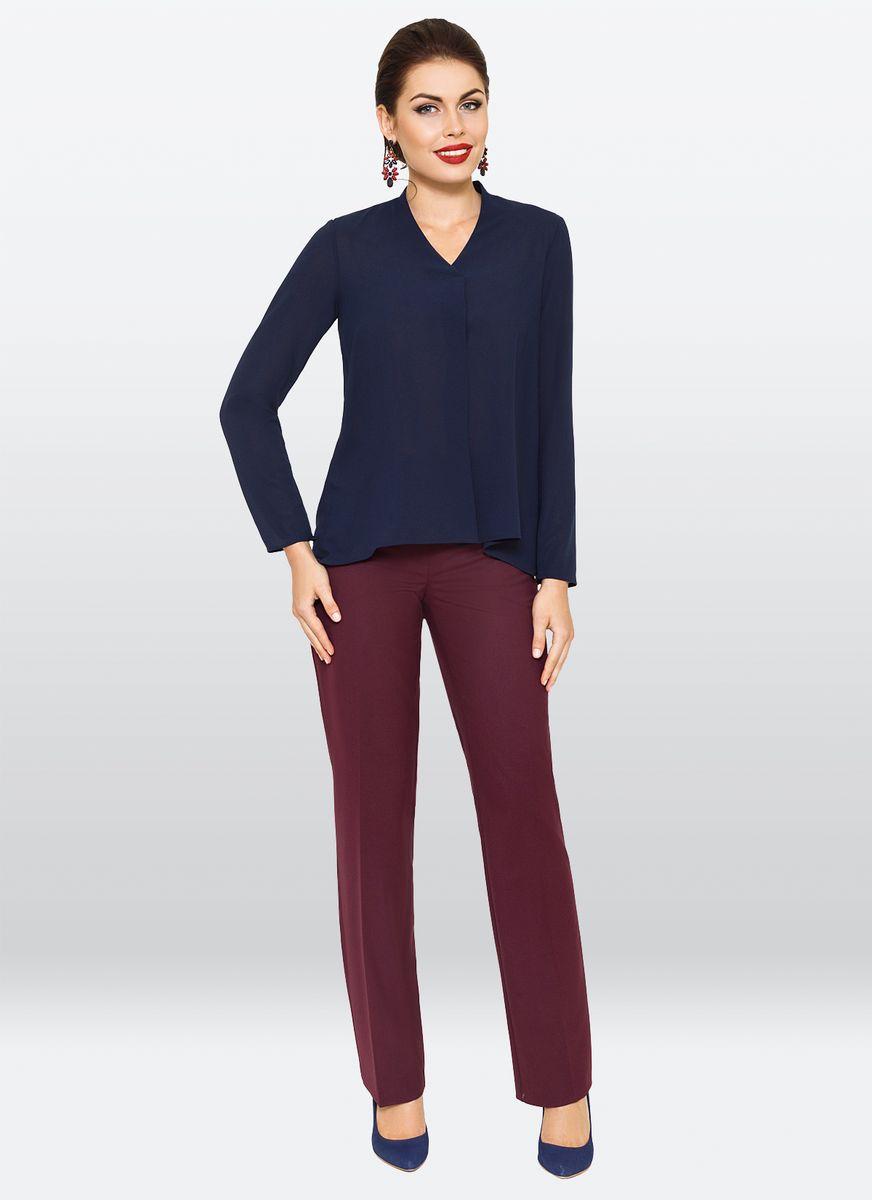 Блузка жен. 35033503Однотонная удлиненная блузка, с V-образным вырезом горловины и длинными рукавами. Изделие трапециевидной формы, ассиметричной длинны.По центру полочки заложена складка. Модель идеально подходить как для создания делового образа так и для романтической встречи.