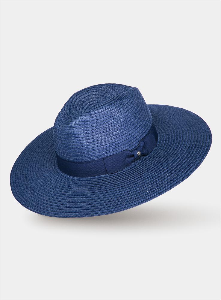 Шляпа1964354Очаровательная женская шляпа Canoe Elise, выполненная из искусственной соломы, станет незаменимым аксессуаром для пляжа и отдыха на природе. Широкие поля шляпы обеспечат надежную защиту от солнечных лучей. Шляпа оформлена декоративной лентой с бантиком. Плетение шляпы обеспечивает необходимую вентиляцию и комфорт даже в самый знойный день. Шляпа легко восстанавливает свою форму после сжатия. Стильная шляпа с элегантными волнистыми полями подчеркнет вашу неповторимость и дополнит ваш повседневный образ.