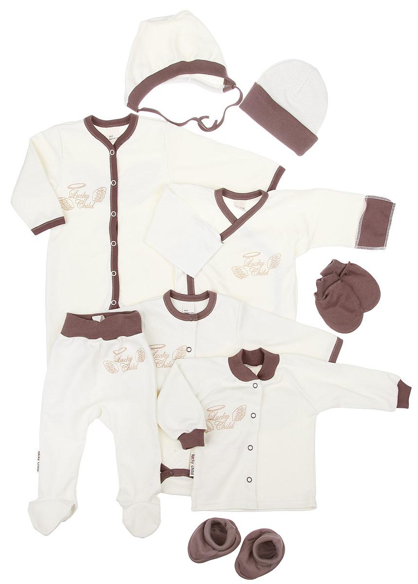 Комплект одежды17-1000Комплект для новорожденного Lucky Child Ангелочки - это замечательный подарок, который прекрасно подойдет для младенца. Комплект состоит из комбинезона, боди, распашонки-кимоно, кофточки, ползунков, шапочки, чепчика, рукавичек и пинеток. Изготовленный из натурального хлопка, он необычайно мягкий и приятный на ощупь, не сковывает движения ребенка и позволяет коже дышать, не раздражает даже самую нежную и чувствительную кожу ребенка, обеспечивая ему наибольший комфорт. Комбинезон с длинными рукавами, V-образным вырезом горловины и закрытыми ножками имеет застежки- кнопки от горловины до пяточек, которые помогают легко переодеть младенца или сменить подгузник. Оформлено изделие термоаппликацией с названием бренда и украшено на спинке очаровательными декоративными крылышками. Удобное боди с длинными рукавами и круглым вырезом горловины имеет удобные застежки-кнопки по всей длине, а также кнопки на ластовице, которые помогают легко переодеть младенца и...