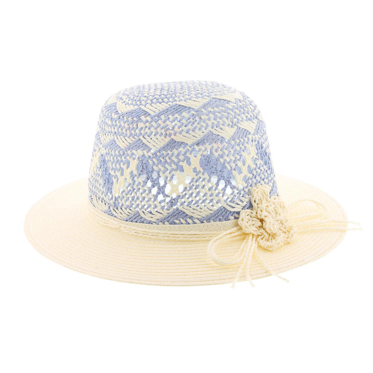 Шляпа77-098-32Летняя женская шляпа R.Mountain Clara станет незаменимым аксессуаром для пляжа и отдыха на природе. Такая шляпка не только защитит вас от солнца, но и станет стильным дополнением вашего образа. Шляпа оформлена небольшим металлическим логотипом фирмы и небольшим декоративным цветком. Плетение шляпы обеспечивает необходимую вентиляцию и комфорт даже в самый знойный день. Шляпа легко восстанавливает свою форму после сжатия. Эта элегантная легкая шляпка подчеркнет вашу неповторимость и дополнит ваш повседневный образ.