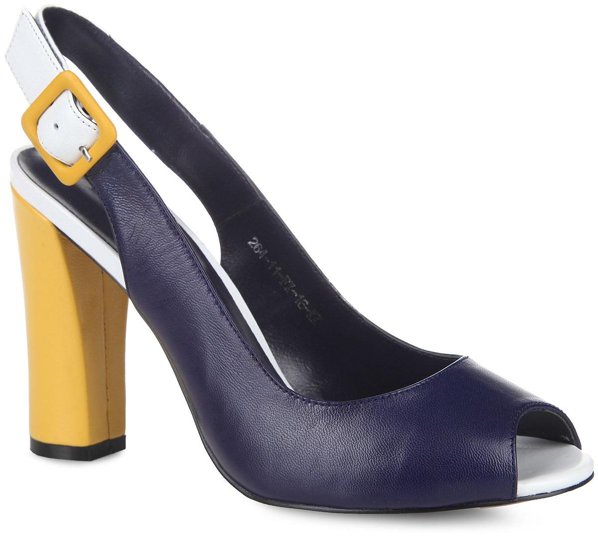 264-11-FX-16-KKСтильные босоножки на каблуке от Calipso станут прекрасным дополнением летнего гардероба. Верх модели выполнен из натуральной кожи контрастных цветов. Внутренняя часть и стелька из натуральной кожи гарантируют комфорт и удобство. Пятка и носок открыты. Ремешок с металлической пряжкой надежно фиксирует изделие на ноге. Высокий каблук устойчив. Подошва из тунита. Такие босоножки сделают вас ярче и подчеркнут вашу индивидуальность!