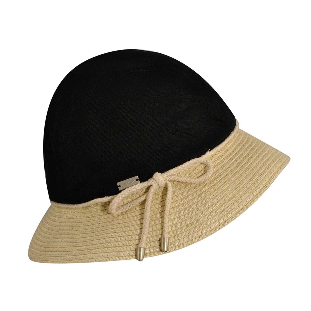 Шляпа женская April. 31-111-4831-111-48-00Широкополая шляпа Betmar April украсит любой наряд. Тулья выполнена из хлопка, поля - из бумаги. Шляпа оформлена декоративным шнурком с бантиком и металлической нашивкой с названием бренда. Благодаря своей форме модель удобно садится по голове и подойдет к любому стилю. Такая шляпка подчеркнет вашу неповторимость и дополнит ваш повседневный образ.