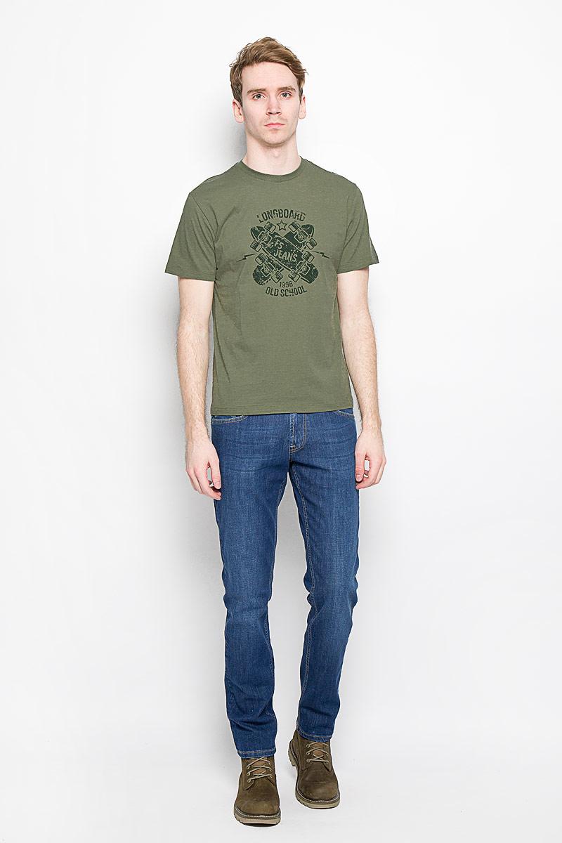 Футболка160035_02285/Longboard, TR Plain, swampСтильная мужская футболка F5, выполненная из высококачественного мягкого хлопка, обладает высокой теплопроводностью, воздухопроницаемостью и гигроскопичностью, позволяет коже дышать. Модель с короткими рукавами и круглым вырезом горловины оформлена оригинальным принтовым рисунком и надписями. Горловина дополнена трикотажной эластичной резинкой. Эта футболка - идеальный вариант для создания эффектного образа.