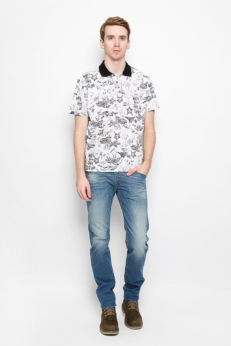 00SPF9-0LALGСтильная мужская футболка-поло Diesel, изготовленная из высококачественного хлопка, обладает высокой теплопроводностью, воздухопроницаемостью и гигроскопичностью, позволяет коже дышать. Модель с короткими рукавами и отложным воротником - идеальный вариант для создания оригинального современного образа. Сверху футболка-поло застегивается на две пуговицы. Модель оформлена оригинальным принтом по всей поверхности. Такая модель подарит вам комфорт в течение всего дня и послужит замечательным дополнением к вашему гардеробу.