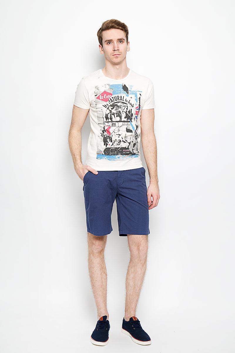 ФутболкаM28103-0345Стильная мужская футболка Lee Cooper, выполненная из высококачественного мягкого хлопка, обладает высокой теплопроводностью, воздухопроницаемостью и гигроскопичностью, позволяет коже дышать. Модель с короткими рукавами и круглым вырезом горловины оформлена оригинальным принтовым рисунком и различными надписями. Эта футболка - идеальный вариант для создания эффектного образа.