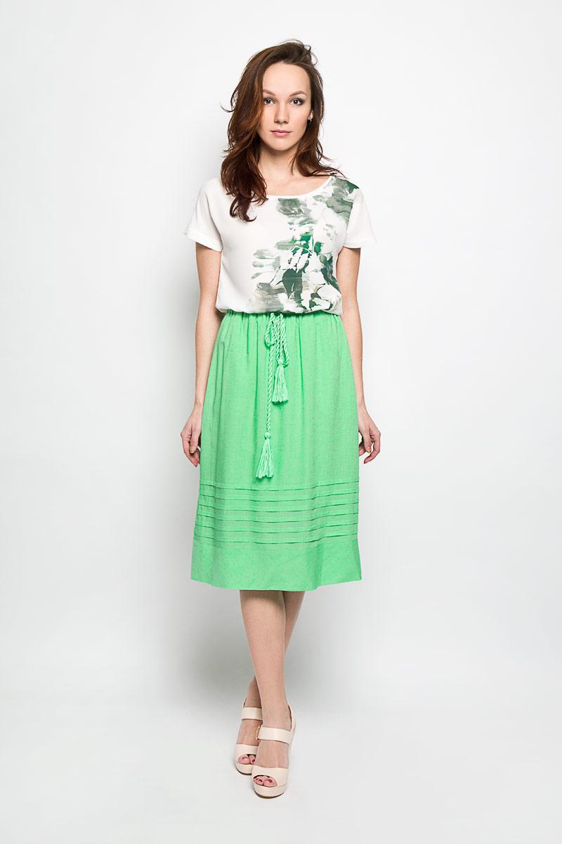 B476032_SUMMER MINTЭффектная юбка Baon, выполненная из вискозы и льна, обеспечит вам комфорт и удобство при носке. Юбка-миди имеет широкую эластичную резинку на поясе и дополнена завязками с кисточками. По бокам модели расположены втачные карманы. Модная юбка-миди выгодно освежит и разнообразит ваш гардероб. Создайте женственный образ и подчеркните свою яркую индивидуальность! Классический фасон и оригинальное оформление этой юбки сделают ваш образ непревзойденным.