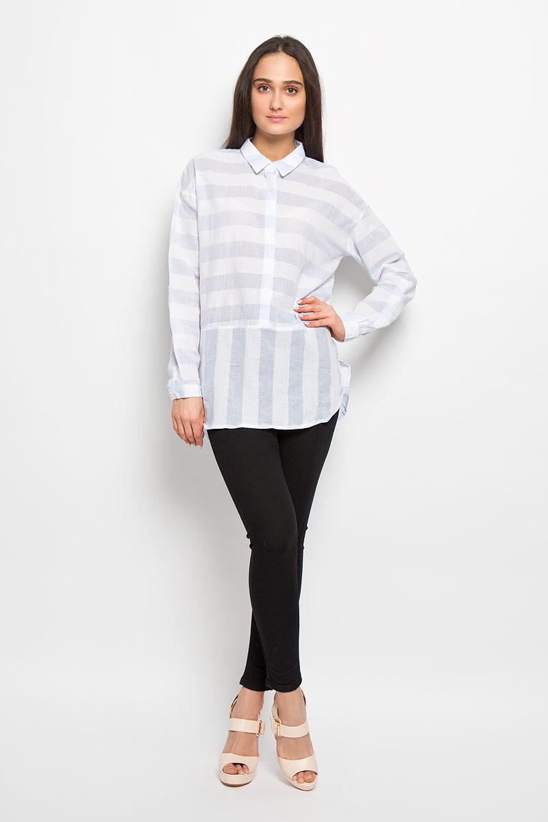 Рубашка женская Denim. 2031604.62.712031604.62.71_6848Женская рубашка Tom Tailor Denim, выполненная из натурального хлопка, идеально дополнит ваш образ. Она мягкая и приятная на ощупь, не сковывает движения и позволяет коже дышать. Рубашка классического кроя с длинными рукавами и отложным воротником спереди дополнена металлическим декоративным элементом. Длина рукава регулируется с помощью хлястика с застежкой-пуговицей. Воротник изделия застегивается на кнопку, а сама рубашка - на пуговицы по всей длине. Такая модель будет дарить вам комфорт в течение всего дня и станет стильным дополнением к вашему гардеробу.