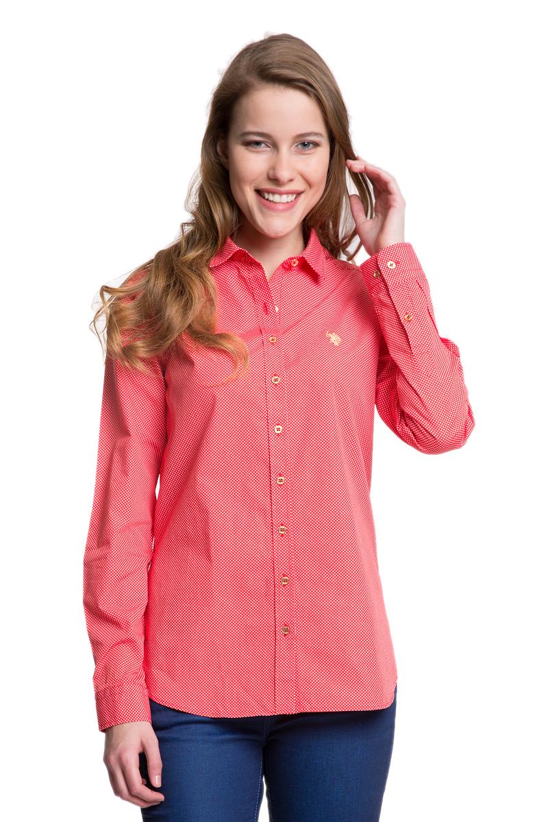 G082GL004HELGABEATGL_VR033Женская рубашка U.S. Polo Assn. выполнена из натурального хлопка. Модель с отложным воротником и длинными рукавами застегивается спереди на пуговицы по всей длине. На манжетах предусмотрены застежки- пуговицы. Рубашка оформлена принтом в мелкий горох, украшена вышитым логотипом бренда.