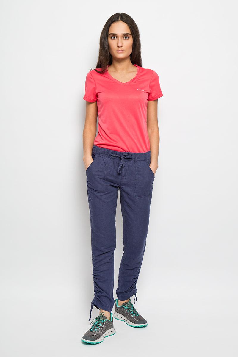 Брюки женские The Path Pant. 16583211658321_591Женские брюки Columbia The Path Pant свободного покроя, изготовленные из 100% хлопка, позволят вам чувствовать себя комфортно в холодную погоду. Современный дизайн, созданный специально для девушек, которые ценят стиль. Застегиваются брюки на металлическую пуговицу в поясе и ширинку на застежке- молнии. Обхват талии регулируется с помощью затягивающегося шнурка. Брюки украшены вышитым логотипом бренда и декоративной отстрочкой. Спереди модель дополнена двумя втачными карманами, а сзади - двумя накладными карманами на кнопках. Низ брючин дополнен эластичными шнурками со стопперами. Брюки подарят комфорт и тепло и позволят наслаждаться зимними видами спорта и активным отдыхом.