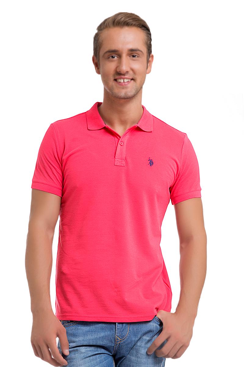 G081GL0110GTP04IY6_BY0001Стильная мужская футболка-поло U.S. Polo Assn., выполненная из высококачественного хлопка, обладает высокой теплопроводностью, воздухопроницаемостью и гигроскопичностью, позволяет коже дышать. Модель с короткими рукавами и отложным воротником - идеальный вариант для создания оригинального современного образа. Сверху футболка-поло застегивается на две пуговицы. Воротник и низ рукавов выполнены из трикотажной резинки. Модель оформлена на груди небольшой вышивкой.