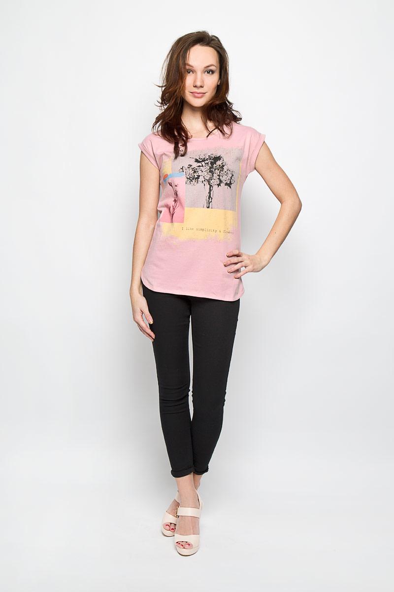 ФутболкаL-TS-2012_L.PINKСтильная женская футболка Moodo поможет создать отличный современный образ. Модель, изготовленная из натурального хлопка, очень мягкая, тактильно приятная и не сковывает движения. Футболка с круглым вырезом горловины и короткими рукавами-кимоно оформлена спереди крупным принтом с блестками. На рукавах предусмотрены декоративные отвороты. Такая футболка станет стильным дополнением к вашему гардеробу, она подарит вам комфорт в течение всего дня!