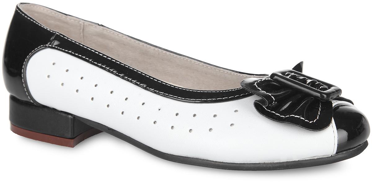 Туфли для девочки. 13-34413-344Классические туфли от Аллигаша - незаменимая вещь в гардеробе каждой девочки. Модель выполнена из искусственной кожи разной фактуры и оформлена по бокам перфорацией, на мысе - роскошным бантиком и декоративным элементом прямоугольной формы. Кожаная подкладка гарантирует уют и предотвратит натирание. Стелька из ЭВА с верхней поверхностью из натуральной кожи дополнена супинатором, обеспечивающим правильное положение ноги ребенка при ходьбе и предотвращающим плоскостопие. Невысокий широкий каблук и подошва оснащены рифлением для лучшего сцепления с поверхностями. Элегантные туфли внесут изысканные нотки в образ вашей маленькой модницы.