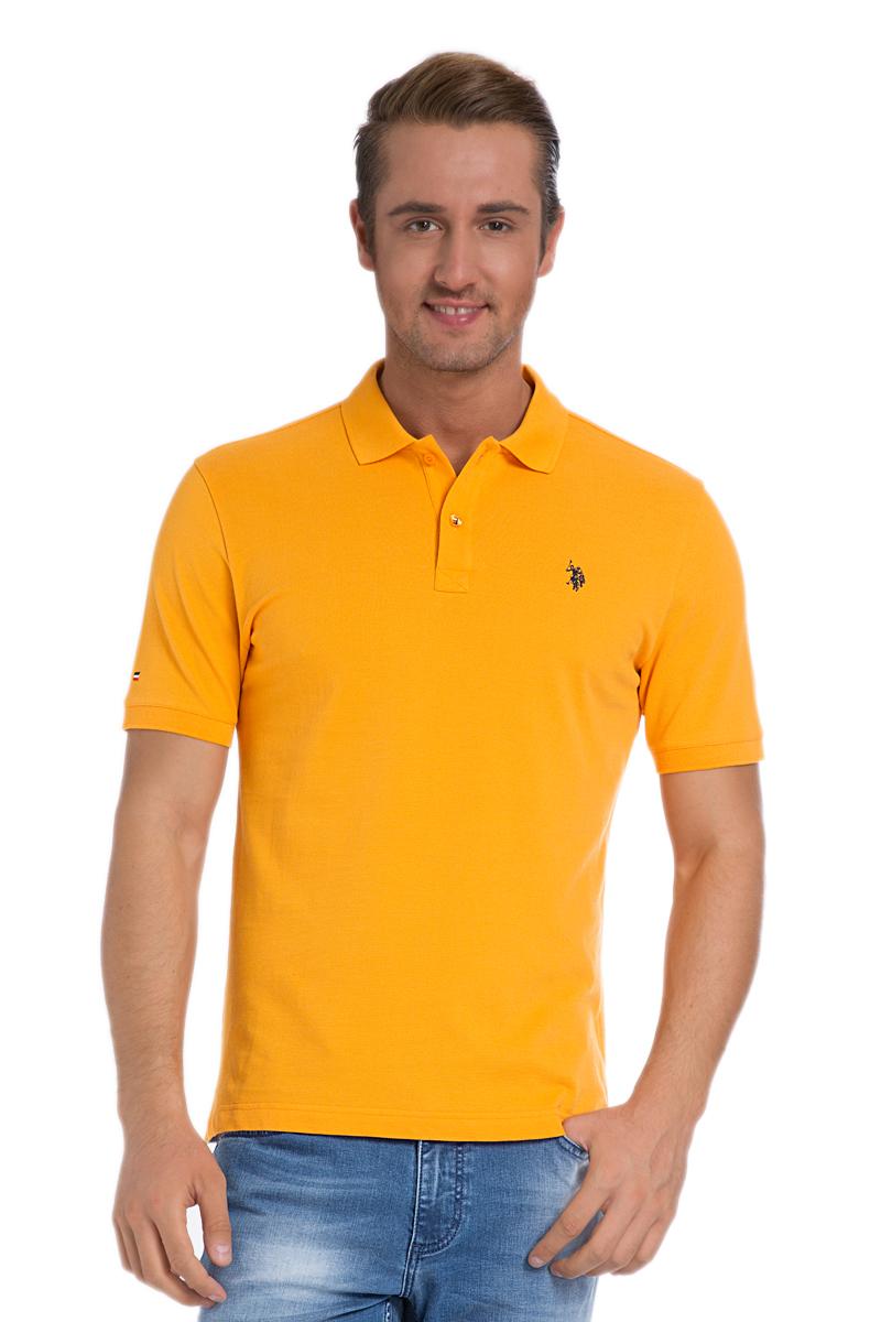 ПолоG081SZ0110TP03IY6_MV0342Стильная мужская футболка-поло U.S. Polo Assn., выполненная из натурального хлопка, обладает высокой теплопроводностью, воздухопроницаемостью и гигроскопичностью, позволяет коже дышать. Модель с короткими рукавами и отложным воротником - идеальный вариант для создания оригинального современного образа. Сверху футболка-поло застегивается на две пуговицы. Воротник и низ рукавов выполнены из трикотажной резинки. Модель оформлена на груди небольшой вышивкой. Снизу по бокам имеются небольшие разрезы.