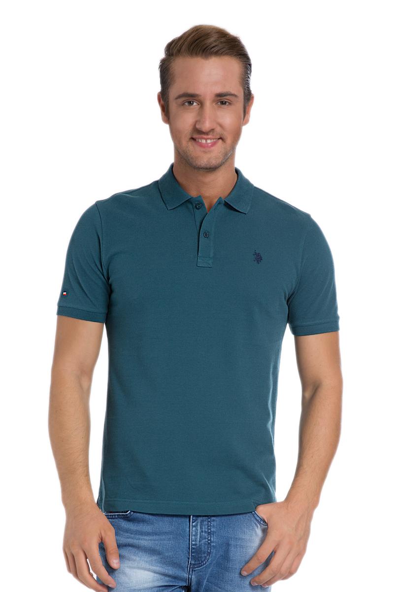 G081SZ0110TP03IY6_MV0342Стильная мужская футболка-поло U.S. Polo Assn., выполненная из натурального хлопка, обладает высокой теплопроводностью, воздухопроницаемостью и гигроскопичностью, позволяет коже дышать. Модель с короткими рукавами и отложным воротником - идеальный вариант для создания оригинального современного образа. Сверху футболка-поло застегивается на две пуговицы. Воротник и низ рукавов выполнены из трикотажной резинки. Модель оформлена на груди небольшой вышивкой. Снизу по бокам имеются небольшие разрезы.