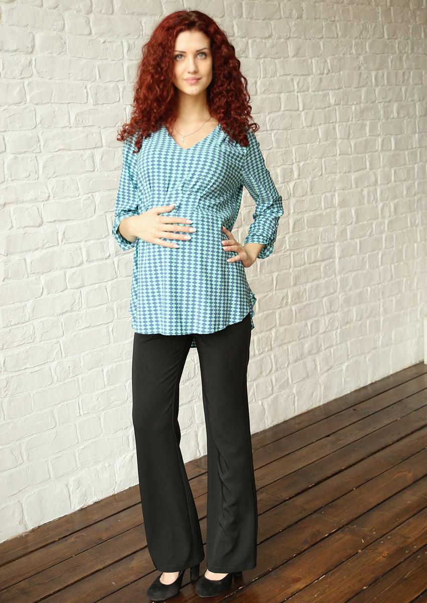 Блузка182518ВЭффектная яркая блузка будет радовать вас на любом сроке беременности, благодаря мягким складкам и легкой, струящейся ткани. Возможна регулировка рукава по длине. Фэст - одежда по вашей фигуре.