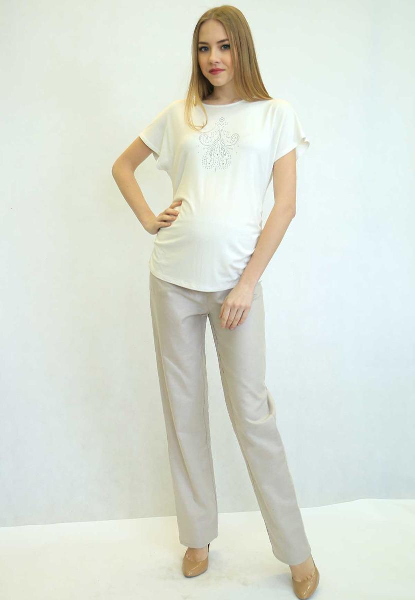 45516Классические прямые брюки из натурального полотна. Эластичная трикотажная вставка в области животика обеспечит комфорт в ожидании малыша. Фэст — одежда по вашей фигуре.