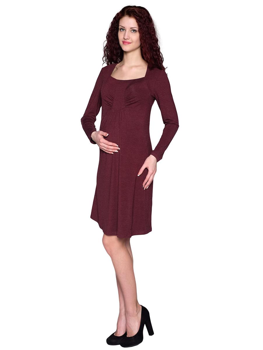 Платье160509ЕКомфортное платье расклешенного силуэта подойдет на весь период беременности, благодаря мягкой сборке в области животика. Вырез горловины и фигурный подрез на полочке придают оригинальность модели. Фэст - одежда по вашей фигуре.