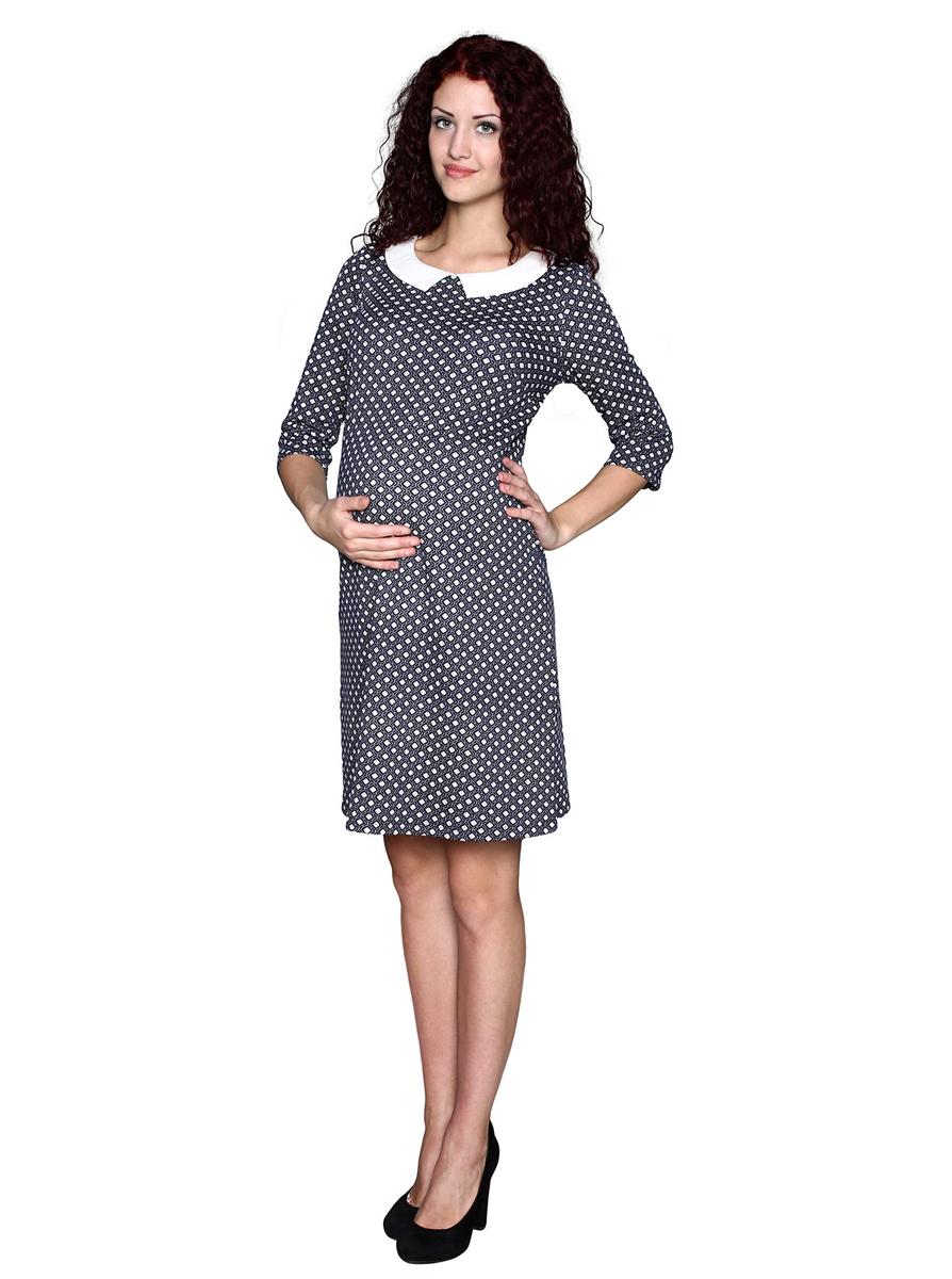 Платье1-202507ВПлатье, выполненное из ткани с актуальным галстучным принтом и белым воротником, будет радовать вас не только в период беременности. Фэст — одежда по вашей фигуре.