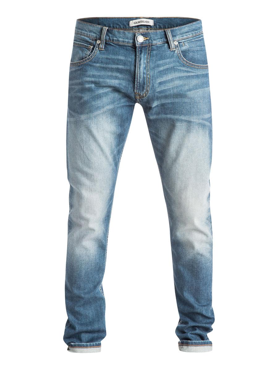 ДжинсыEQYDP03168-BYGWСтильные мужские джинсы Quiksilver изготовлены из эластичного хлопка. Модель зауженного кроя застегивается на пуговицу и ширинку на застежке-молнии, имеются шлевки для ремня. Спереди модель оформлена двумя врезными карманами и двумя накладными маленькими карманами, сзади - двумя накладными карманами.