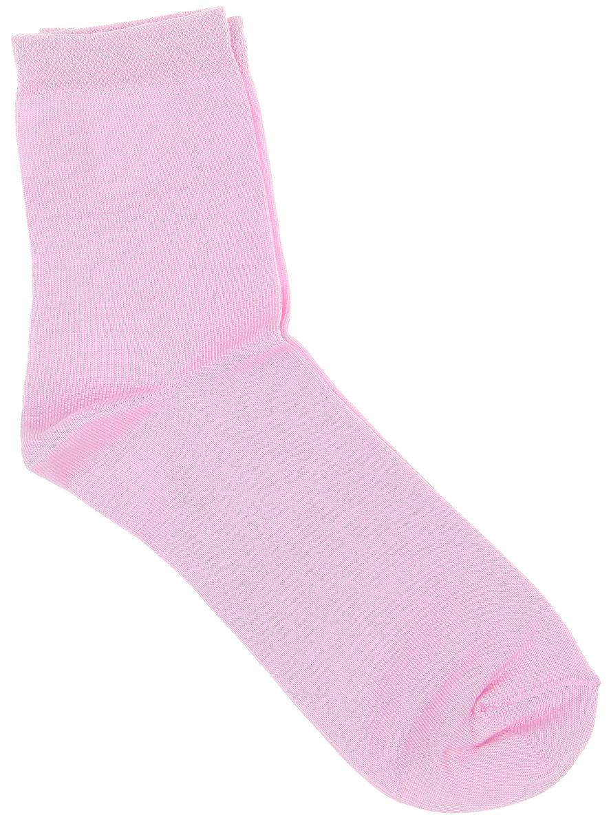 Носки003CDУдобные носки Alla Buone, изготовленные из бамбука с добавлением полиэстера, очень мягкие и приятные на ощупь, позволяют коже дышать. Эластичная резинка плотно облегает ногу, не сдавливая ее, обеспечивая комфорт и удобство. Носки с классическим паголенком. Практичные и комфортные носки великолепно подойдут к любой вашей обуви.
