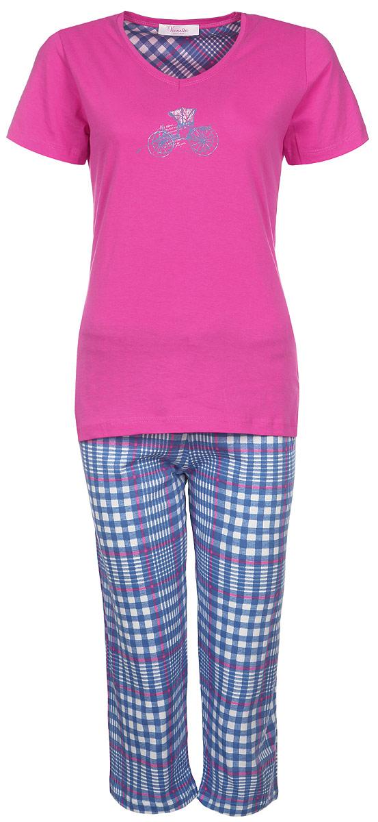 Домашний комплект714081194014 КаретаКомплект женской одежды Vienetta Secret Карета включает в себя футболку и капри. Комплект выполнен из натурального хлопка, мягкий, тактильно приятный. Изделия не сковывают движений и позволяют коже дышать, обеспечивая комфорт. Футболка с V-образным вырезом горловины и короткими рукавами имеет приталенный силуэт. На груди изделие украшено термоаппликацией в виде кареты. Капри на талии дополнены мягкой эластичной резинкой с затягивающимся шнурком. Оформлена модель принтом в клетку. Стильный комплект одежды станет отличным дополнением к вашему домашнему гардеробу, а также подарит вам удобство и комфорт.